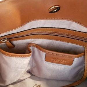 Michael Kors Bags - Michael Kors Traveler Large with Dust Bag